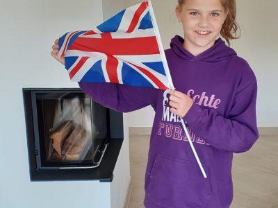 Östringen, Leibniz Gymnasium  Die Flagge habe ich aus Manchester, eine coole  Stadt!