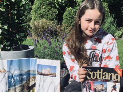 Meerbusch. Das Städtische Meerbusch-Gymnasium. Emma Bläser aus der 5e hat gerade den Big Challenge online bearbeitet und zeigt, dass ihr das viel Spaß gemacht hat.