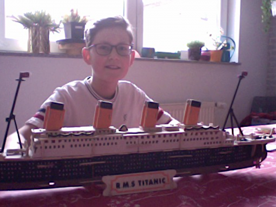 """Bochum, Matthias-Claudius-Schule   """"I can't think of conditions that would make a ship sink. Modern shipbuilding now knows how to prevent this."""" - E. J. Smith, captain of the Titanic"""