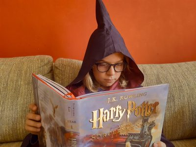 Dear Big-Challenge-Team,   I'm from Berlin and my school is Goethe-Gymnasium Wilmersdorf. This is a picture of one of my favorite stories, Harry Potter and the Sorcerer's Stone by J.K. Rowling. I read it in German, but at some point I want to read it in English.  Best regards and stay healthy, Philipp Bachmaier