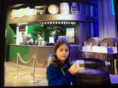#Gymnasium Rahden  Hier genieße ich ein Butterbier im Harry-Potter-Museum in London.