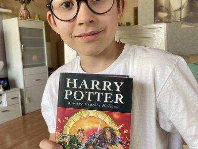 Freising Karl Meichelbeck Realschule   Ich versuche gerade diesen Harry Potter Band auf Englisch zu lesen.