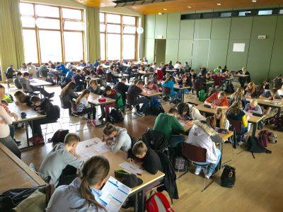 Realschule Himmelsthür, Hildesheim 130 SchülerInnen nehmen an The Big Challenge teil.