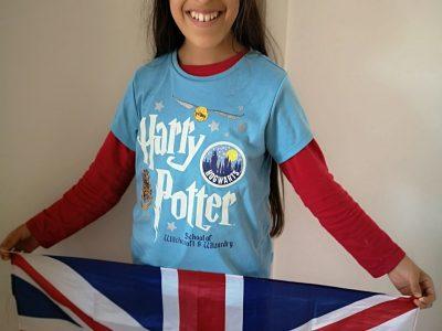 Braunschweig, Gaußschule.  Dank meinem Erfolg bei Big Challenge letztes Jahr, habe ich diese tolle Flagge von UK gewonnen. Vielen Dank!