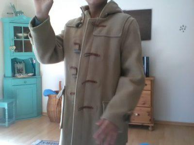 """Menden Gymnasium an der Hönne """" My most authentic duffle coat Gloverall """" !!!! Bye, Jaden"""