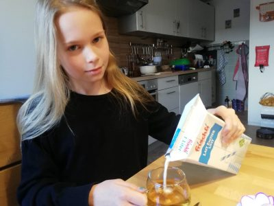 Bayreuth Richard Wagner Gymnasium  English tea with milk
