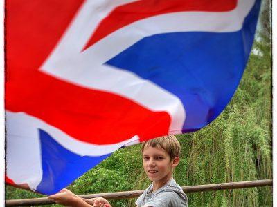 Julius, Klasse 5a Regelschule Neusitz  a big flag for the big challenge  ;-)