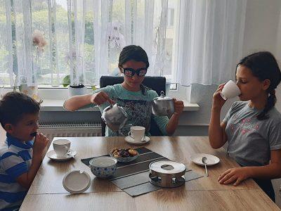 GÖTTINGEN MAX-PLANCK-GYMNASIUM  ENGLISH  TEA  PARTY
