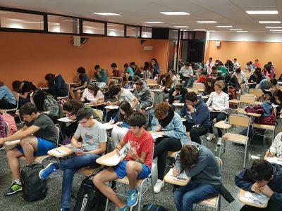 Llíria (Valencia) IES Laurona  Han disfrutado mucho haciendo la prueba y compitiendo entre ellos