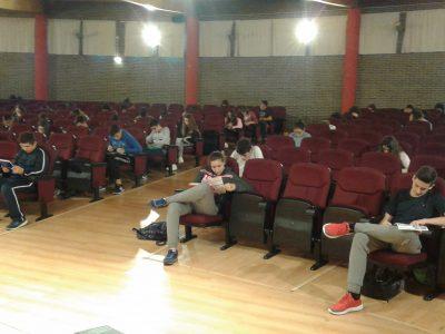 Oviedo, IES La Corredoria Alumnado de 2º y 4º ESO