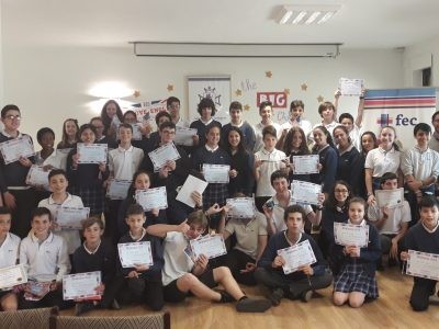Colegio Santo Ángel de la Guarda-FEC (Oviedo) Everybody happy with their award and prizes. We are ready for next year!