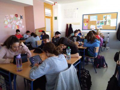 Estación de Cártama )Málaga IES Cartima. Hemos trabajado sobre el concurso y creo que el objetivo de motivar el aprendizaje del idioma lo hemos conseguido. Han disfrutado aprendiendo.