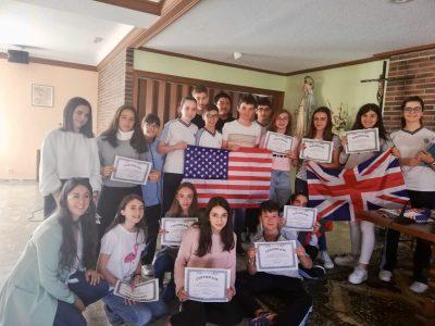 COLEGIO MILAGROSA LAS NIEVES. Avila Alumnos de 2º ESO reciben sus premios