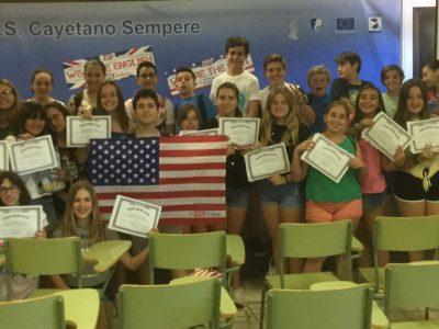 IES Cayetano Sempere, Elche (Alicante) La experiencia 'The Big Challeng' ha sido muy positiva y la entrega de diplomas y certificados fue muy emocionante. ¡Gracias!