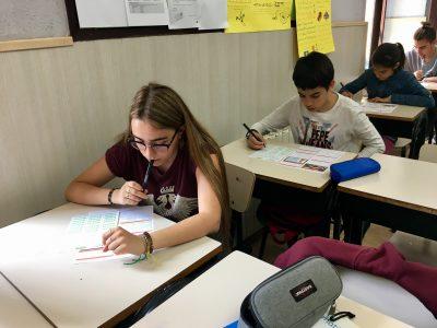 Col•legi Cultural students doing the tests.