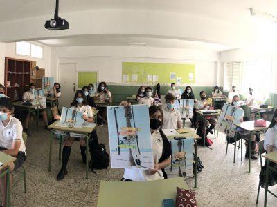 Alumnos de 4º ESO en su entrega de premios. CPR. Plurilingüe Santiago Apóstol-Ponteareas.