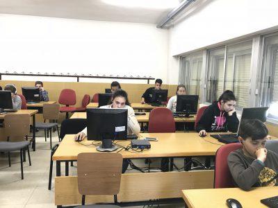 Taking the exam ! Greetings from Zamora Colegio Corazón de María, Zamora