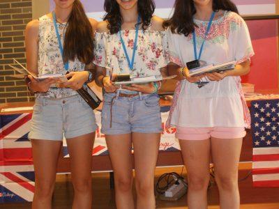 Oviedo, IES La Corredoria Las tres Lucías, ganadoras de 1º, 2º y 3º ESO respectivamente. ¡Vaya casualidad!