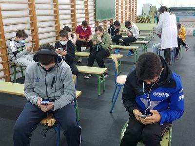 Desde el IES LAS PALOMAS de ALGECIRAS os enviamos las fotos de nuestra participación en está edición deseando que sea estupenda en resultados.