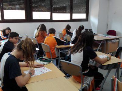 Colegio Nova Hispalis, Sevilla la Nueva. Los alumnos de secundaria realizando The Big Challenge.