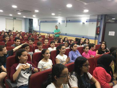 MELILLA - IES MIGUEL FERNÁNDEZ - Salón de actos con los participantes en la ceremonia de entrega de premios