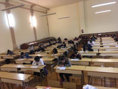 I.E.S. Práxedes Mateo Sagasta-Logroño-España  Alumnosconcentrados en el cuestionario