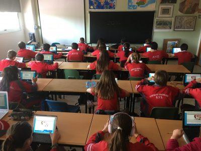 COLEGIO AYS (MURCIA) Alumnos de 1º de la ESO realizando el concurso de Big Challenge