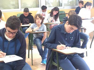 Colegio Corazòn de María , Zamora. Sitting the examination!
