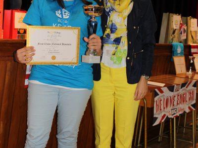 LUCIA GONZÁLEZ CARRO que obtuvo el puesto nº 2 de España - Colegio Santa Teresa de Jesús - Carmelitas Ourense