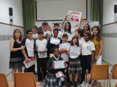 Colegio Episcopal Sagrada Familia (Sigüenza) Algunos de nuestros participantes con las profes de inglés.