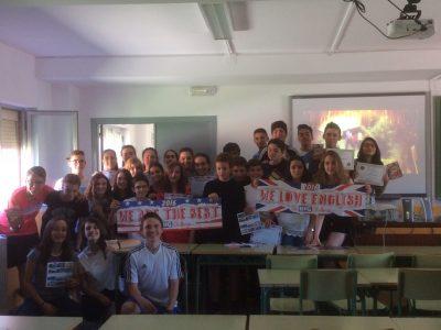 ÍES Ornia La Bañeza , León. Aquí están nuestros chicos con sus premios!