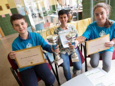 Oviedo, IES Pérez de Ayala. Jesús y Adahara quedaron en segundo lugar a nivel nacional en 1º de ESO. Congratulations!