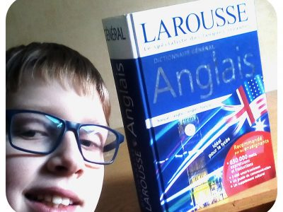 Neuillé pont pierre collège Simone veil   Mon objet qui représente l'anglais c'est mon dictionnaire
