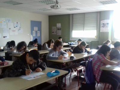 Les élèves de 5 ème des Clauzades à Lavaur dans le Tarn ....go, go, go....☺ you are the Best !
