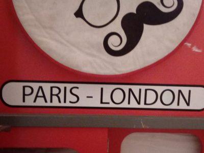Gujan Mestras, Chante Cigale, ce tapis nous a été donner par a ami qui le ramène de Londres.