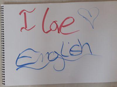 Hello my name is arthur   I love english