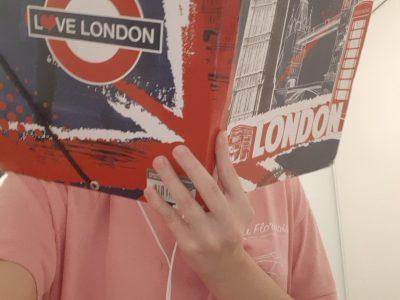 Brassac les Mines C'est une pochette pour documents qui evoque la ville de Londres.