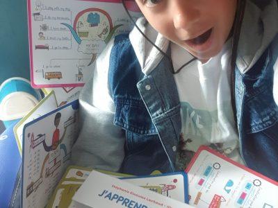 College Jeanne d arc à Rignac.  Pendant le confinement j ai subi une attaque de carte mentale d anglais !!!!! Elles ne m ont pas lâché.....JAMAIS!!!!!