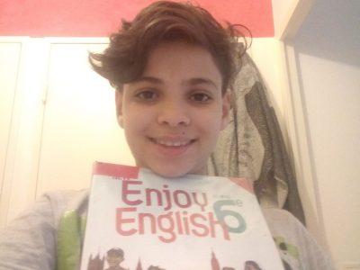 Je m'appelle Elyes, et j'ai 12 ans mon collège se trouve à Voiron, Collège Saint Joseph