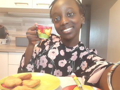 Bourg les Valance  Diaw Adja Mously College Gérard Gaud  ~I take a nice English tea accompanied by biscuits ~