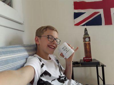 Vourles  Collège Louis Querbes  Enjoy your tea time!!