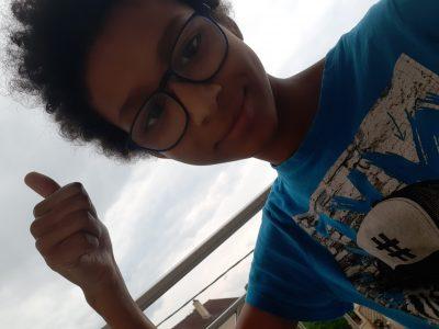 #je suis sur mon balcon en espérant avoir la caméra