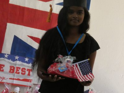 Mille Roches School ( Saint-André , Réunion ) : The special First Class Honours diploma and the SCHOOL AWARD medal for Anjali (year 9) who is once again the top student in her level this year! Special congratulations to her!!