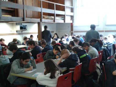 Working hard on the Big Challenge at Collège Sainte-Marie in VALENCIENNES !