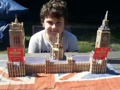 LAMBERSART Collège SAINTE-ODILE. J'ai construit moi même cette maquette de Big Ben.