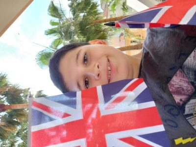 Monaco, Collège Charles III Je suis content d'avoir participé au Big Challenge. La Union Flag est toujours avec moi.Un petit souvenir de Londre. Salut tout le monde.