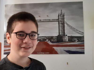 MELUN Collège Sainte Marie le célèbre Tower Bridge de Londres