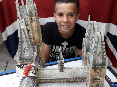 TELOCHE / Collège st Jean baptiste de la salle  Photo avec la tour d'astronomie d'Harry Potter