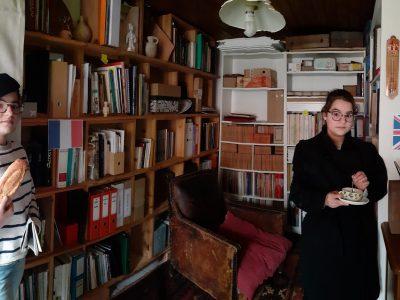 Suzon Keller collège Jean Jaques Waltz Marckolsheim Merci à Jaqueline la baguette de pain et à Lorry la tasse pour leurs participation