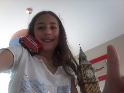 Ville de GEX dans l'AIN. Collège Georges Charpak. I love London. It's my favorite city.  Mathilde Lavigne 6 A